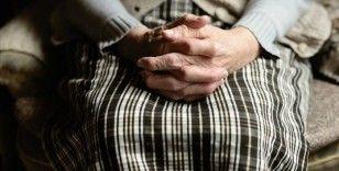 Hareketsiz yaşam ve sağlıksız beslenme alzaymır riskini artıyor