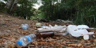 Cehennem Şelaleleri'nin çevresi atık ve çöplerle doldu