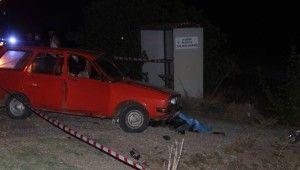 Manisa'da otomobil ile motosiklet çarpıştı
