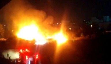 Ataşehir'de elektrik kabloları yangına neden oldu