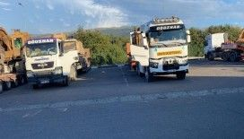 Gürcistan sınırından güvenlik gerekçesiyle Türk tırlarının geçişine izin verilmiyor