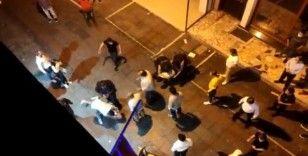 Kadıköy'de bekçiler ile vatandaşlar arasında arbede kameraya yansıdı