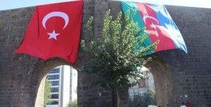 Azerbaycan'ın sonuna kadar yanındayız