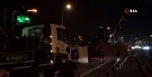 TEM'de tır devrildi: Trafik felç
