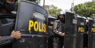 Endonezya'da yeni istihdam paketine karşı protestolar 2. gününde