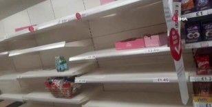 İngiltere'de saatlerce sular kesildi, marketlerde su rafları boşaldı