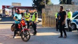 Suriye sınırında tescilsiz ve çalıntı motosikletler ele geçirildi