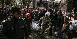 Ermenistan ateşkesi ihlal ederek Azerbaycan'ın sivil yerleşim birimlerine saldırılarını sürdürüyor