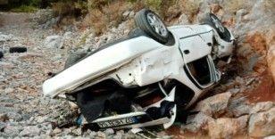 Alanya'da otomobil uçuruma yuvarlandı: 1 ölü, 1 ağır yaralı