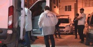 Esenyurt'ta bir şahıs tartıştığı karısını bıçaklayarak öldürdü