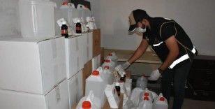 İzmir'de sahte alkol satışlarında kilit isim yakalandı