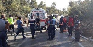 Tarım işçisi taşıyan midibüs kazasında ölü sayısı 2'ye yükseldi