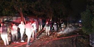 Anız yangını bir ev ile aracı küle çevirdi