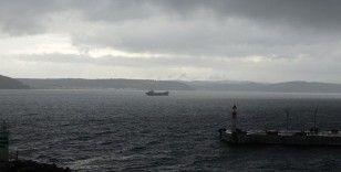 Çanakkale Boğazı çift yönlü gemi trafiğine yeniden açıldı