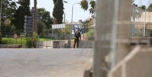 İsrail'den açlık grevine başlayan 32 Filistinli tutukluya hücre cezası