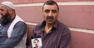 HDP önündeki ailelerin evlat nöbeti direnişi 405'inci gününde
