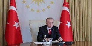 Erdoğan'dan AK Parti'ye uyarı: Milletvekili veya il başkanlarının akrabalarını partinin yönetimine koymamaya dikkat edin