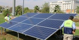 Büyükşehir'den Abide Kavşağına güneş enerjili kesintisiz güç kaynağı