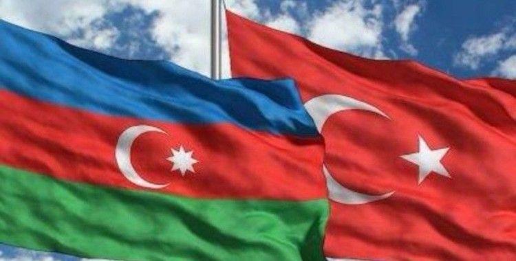 Türk halkı Azerbaycan'ın yanında