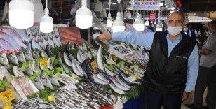 Koronavirüs balık satışlarını da vurdu