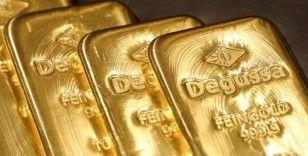 Altın dolardaki yükselişin baskısı altında
