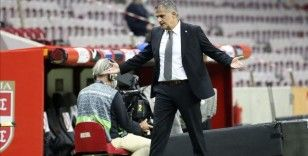 A Milli Futbol Takımı Teknik Direktörü Güneş: 3 beraberliğimiz de galibiyetle bitebilirdi