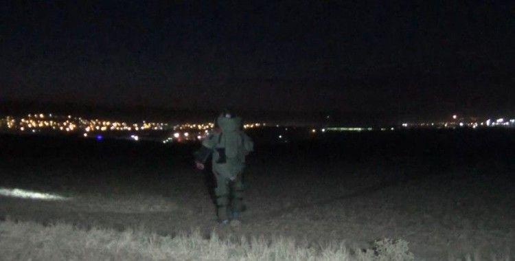 Tarlada bulunan 3 adet 'tank mermisi' polis alarma geçirdi