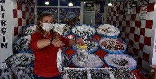 Karadeniz'de palamut salamurası sezonu başladı