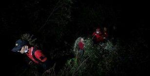 Uludağ'ın eteklerinde kaybolan 4 kişi ekiplerce kurtarıldı