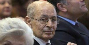 'Işıklar yanıyor' tartışmasına Ahmet Necdet Sezer de dahil oldu