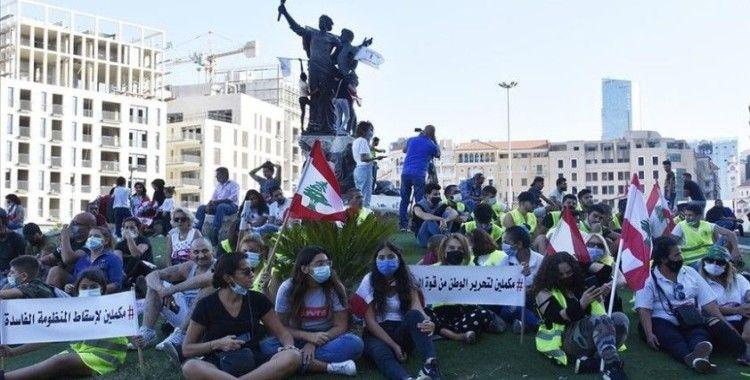 Lübnan'da göstericiler 17 Ekim protestolarının birinci yılında yine sokaklarda