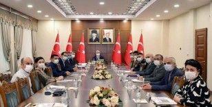 Diyarbakır Valisi Münir Karaoğlu'ndan yeni koronavirüs kararları!