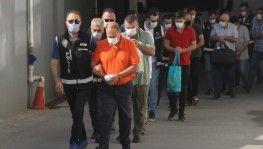 'İnsanların kanını emiyorlar' e postası 11 tefeciyi tutuklattı