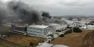 Sünger fabrikasındaki yangın drone ile görüntülendi