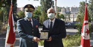 Türkiye'nin Lübnan ordusuna hibe ettiği yardımlar törenle teslim edildi
