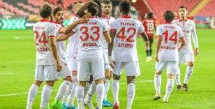 Samsunspor'da 25 farklı futbolcu forma şansı buldu