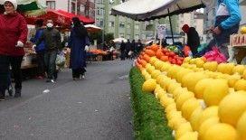 Gaziantep'te semt pazarlarında 65 yaş üstü vatandaşlara Kovid-19 kısıtlaması