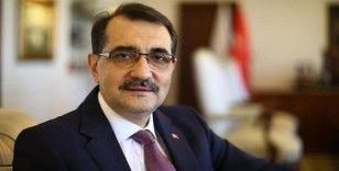 Bakan Dönmez: 'Türkiye'deki konutların ihtiyacını neredeyse 25 yıl kadar karşılayacak bir gaz miktarından rahatlıkla bahsedebiliriz'