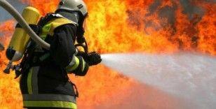 Karabük'te çıkan yangında itfaiye eri elinden yaralandı