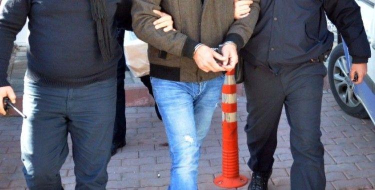 PKK'lılar Yunanistan'a FETÖ'cülerle birlikte kaçıyor