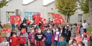 Minik kursiyerler Cumhuriyet Bayramı'nı kutladı