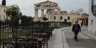 Yunanistan tüm sosyal mekanları kapatıyor