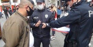 Taksim'de kurallara uymayanlara ceza yağdı