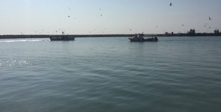 Tanker ile çarpışan teknedeki 5 kişiden 4'ünün cansız bedeni bulundu