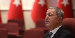 Bakan Akar: Türkiye'yi Ege karasularına ve Antalya körfezine hapsetme çabalarına karşı durmaya devam edeceğiz