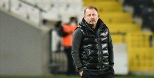 Beşiktaş Teknik Direktörü Sergen Yalçın: Görevi bırakmam söz konusu olmaz