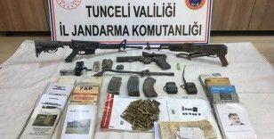 Etkisiz hale getirilen teröristlerin silah ve mühimmatları da ele geçirildi