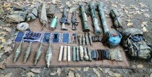 Hakkari'de PKK/KCK bölücü terör örgütüne ait çok sayıda mühimmat ve yaşam malzemesi ele geçirildi