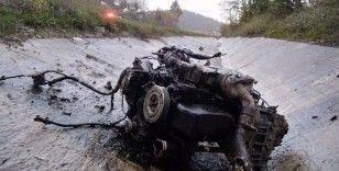 Kazanın şiddetiyle otomobilin motoru fırladı