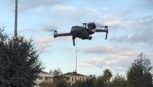 Yerde araçla havada drone ile anons yapılıp vatandaş uyarıldı
